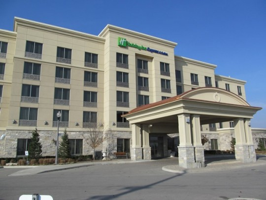 Holiday Inn & Suites, Vaughan, ON - Coreslab Structures (ONT) Inc.