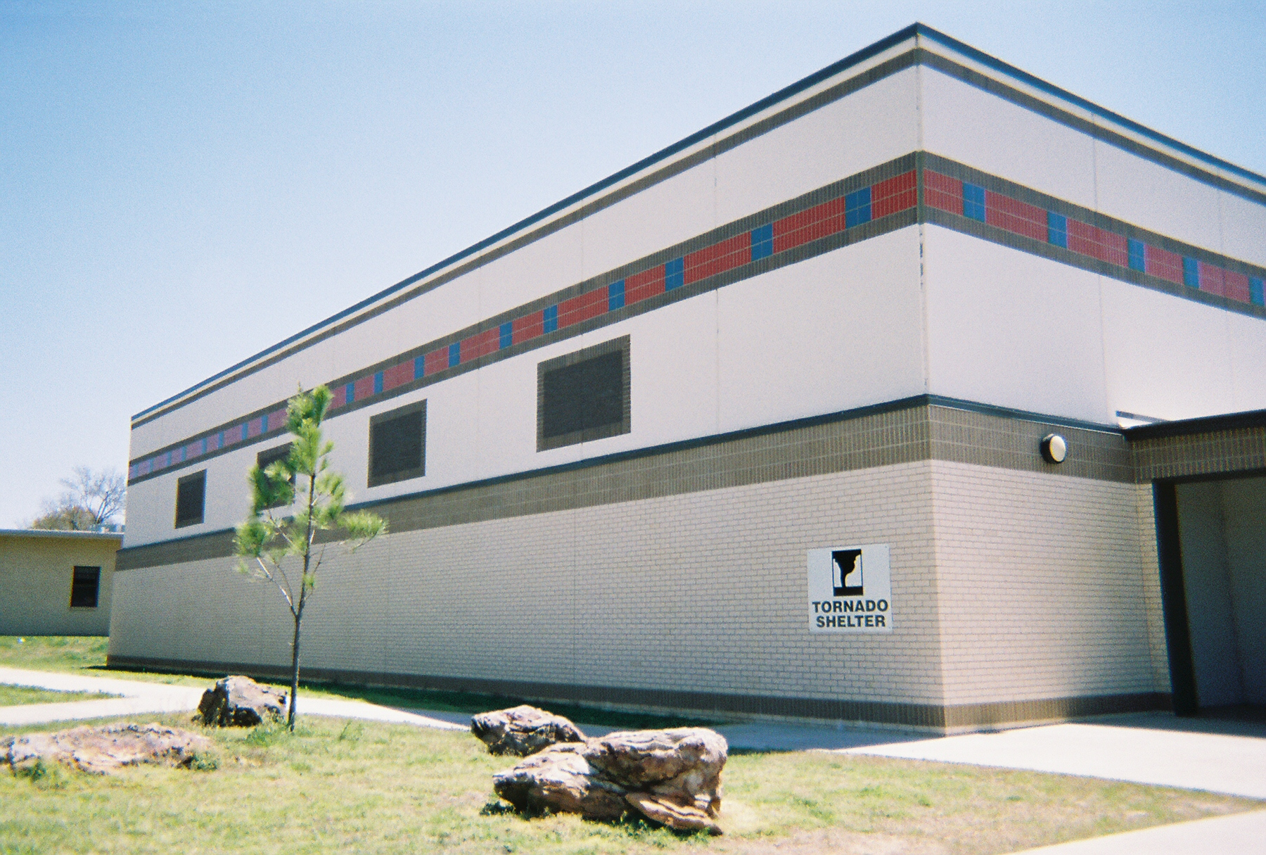 Arkansas_SS_Fort Smith_School Tornado Shelter
