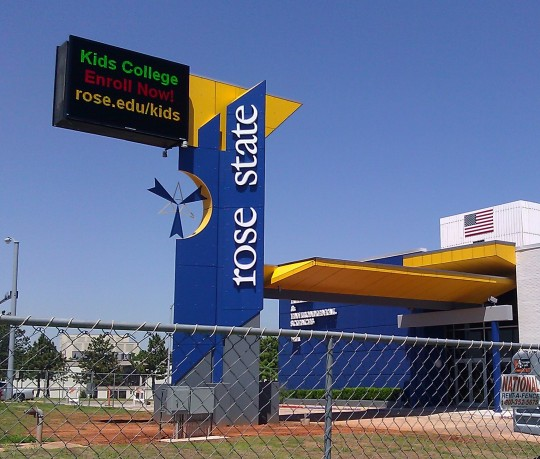 Rose State College Sign, Midwest City, OK - Coreslab Structures (OKLA) Inc.