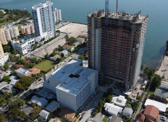Icon Bay Parking Structure, Miami, FL - Coreslab Structures (MIAMI) Inc.