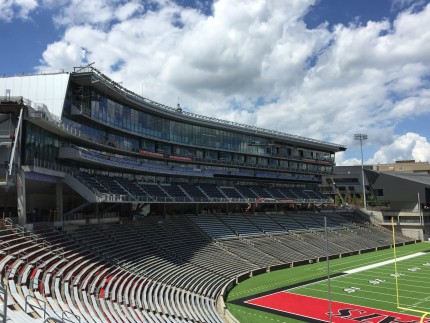 University of Cincinnati Nippert Stadium, Cincinatti, OH - Coreslab Structures (INDIANAPOLIS) Inc.